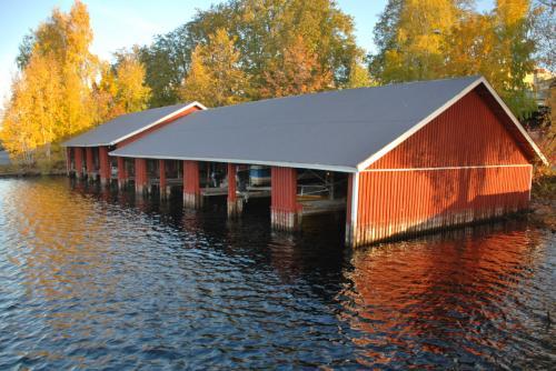 Garaże… na łódki